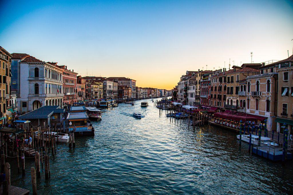Zonnige steden herfst - Venetië