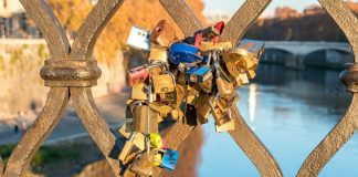 Love locks Rome