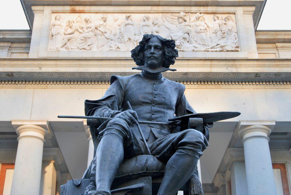 Velázquez standbeeld in Madrid cultuur en musea
